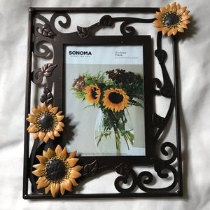 Sonoma 5 x 7 Picture frame.  NWT.